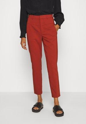ZELLA HIGHWAIST PANT - Trousers - cayenne