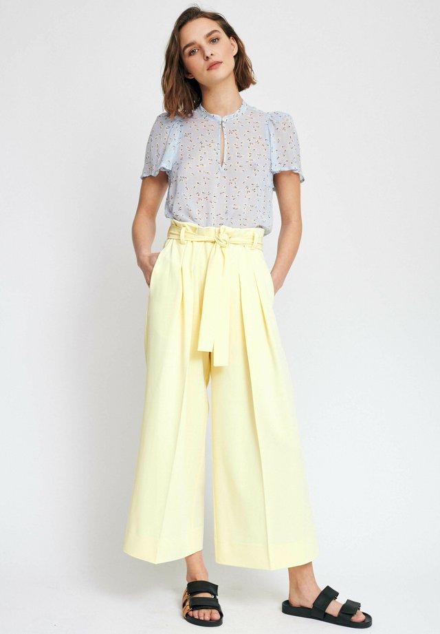 Trousers - lemon light
