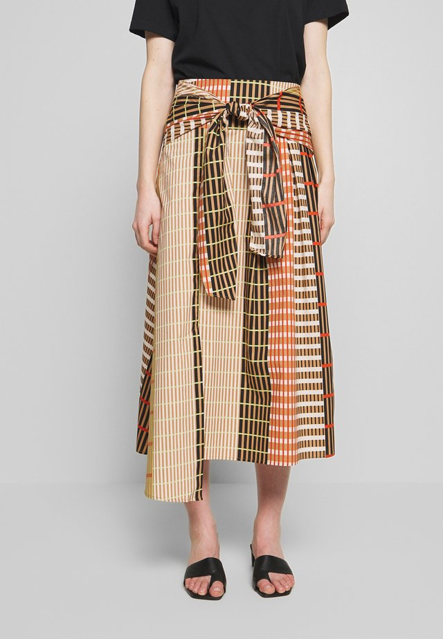 HANNE ILSA SKIRT - A-Linien-Rock - camel multi check and stripe