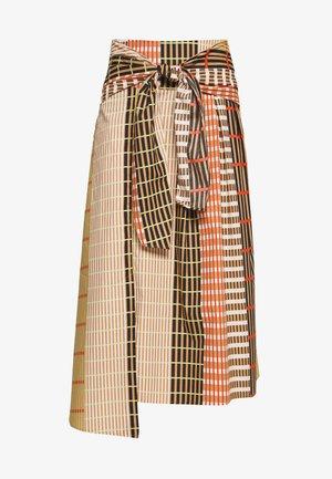 HANNE ILSA SKIRT - Jupe trapèze - camel multi check and stripe