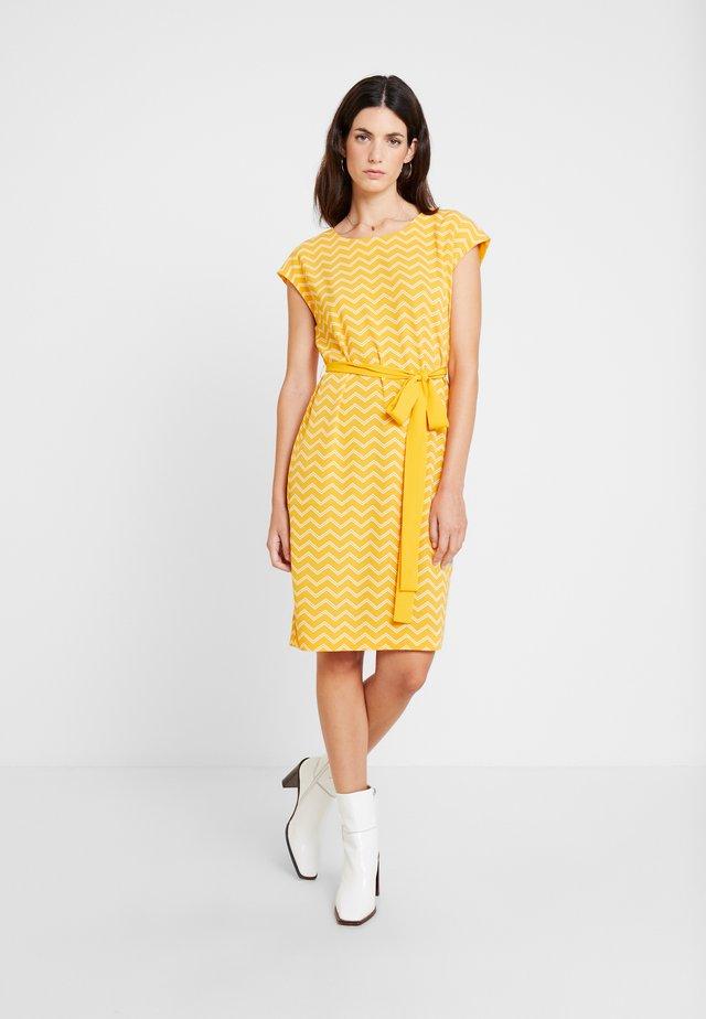 DRESS - Freizeitkleid - sunny yellow