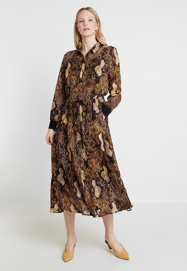 VILLA DRESS - Maxi dress - yellow/brown