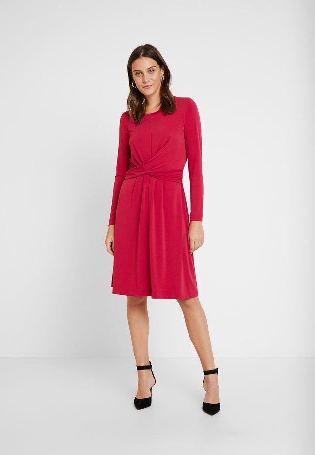 ORIT DRESS - Jerseykleid - pink petunia