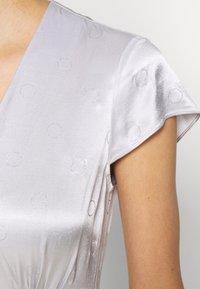InWear - ROSEMARYIW DRESS - Denní šaty - silver - 6