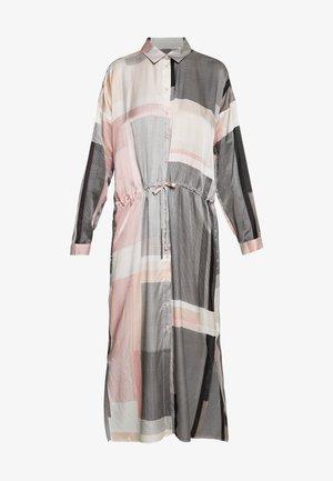 RIKKEIW DRESS - Vestito lungo - pink