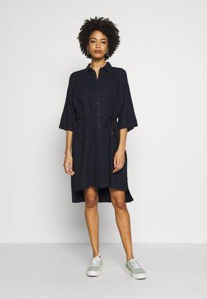 BRIZAIW DRESS - Košilové šaty - marine blue