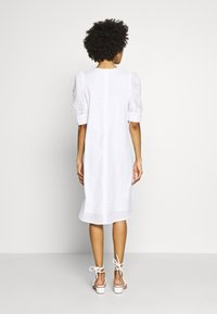 InWear - DEBBYIW DRESS - Denní šaty - pure white - 2