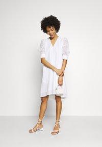 InWear - DEBBYIW DRESS - Denní šaty - pure white - 1