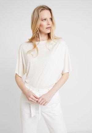 PALMER - Print T-shirt - french nougat