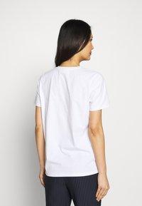 InWear - VIOLETTAIW SERA  - T-shirts med print - pure white - 2