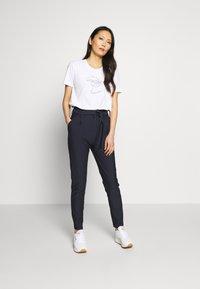 InWear - VIOLETTAIW SERA  - T-shirts med print - pure white - 1