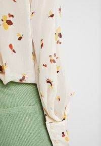 InWear - KATHYIW BLOUSE - Button-down blouse - french nougat - 4