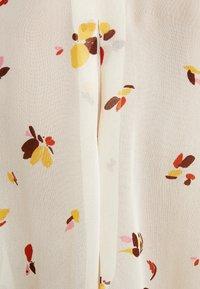 InWear - KATHYIW BLOUSE - Button-down blouse - french nougat - 6