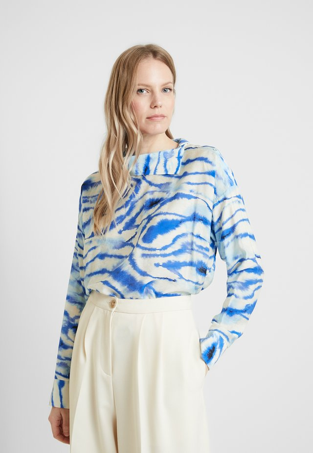 LIXI BLOUSE - Bluzka - blue shibori