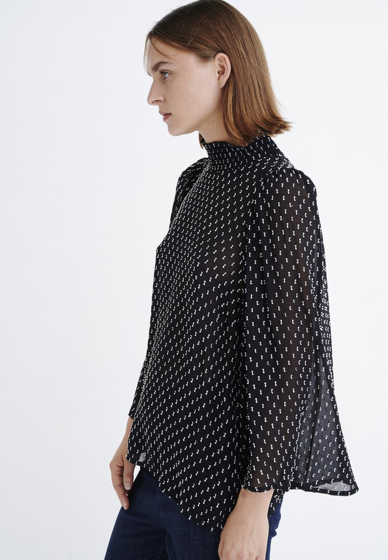 InWear - LEIAIW - Bluse - black