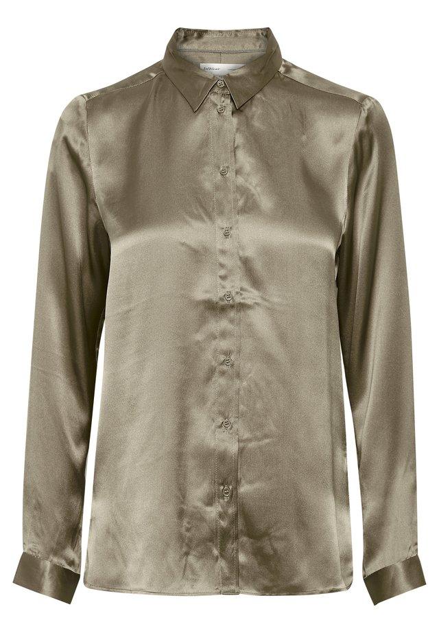 LEONORE  - Button-down blouse - desert taupe