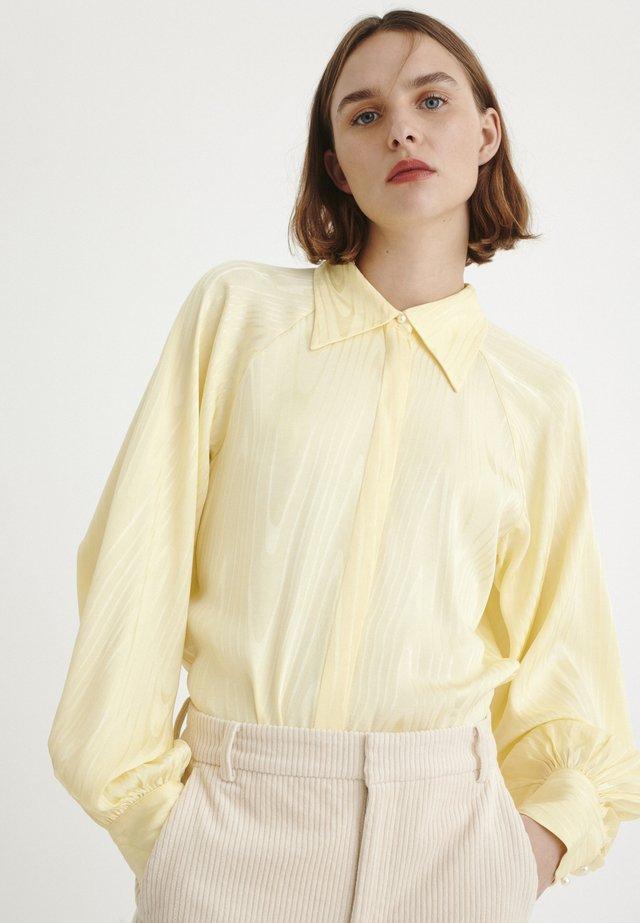 Button-down blouse - french vanilla