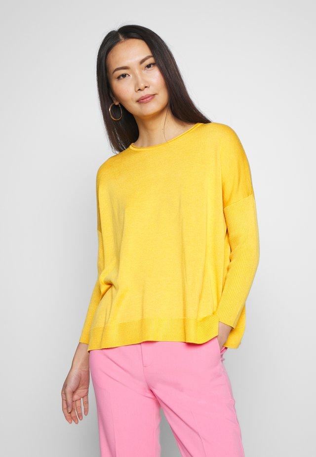 MIRAIW - Strickpullover - golden yellow