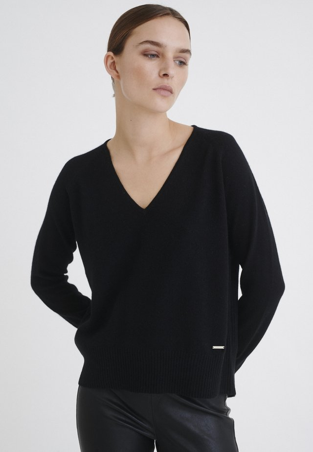 LUKKA  - Jersey de punto - black