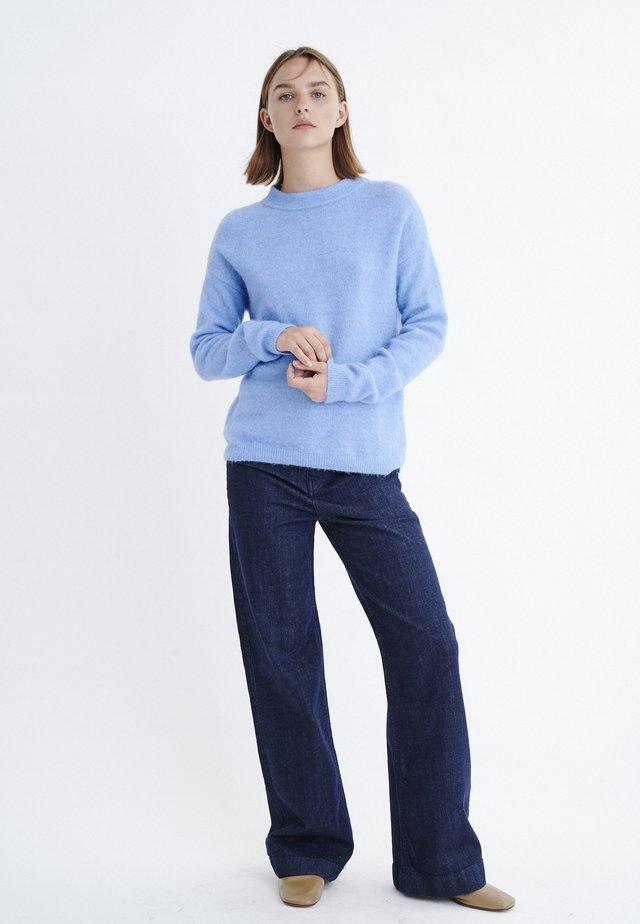 PAPINAIW  - Stickad tröja - marina