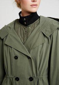 InWear - GRETE COAT 2-IN-1 - Trenchcoat - beetle green - 5