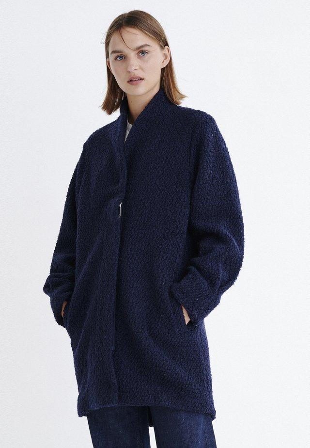 JOPLINIW  - Pitkä takki - marine blue