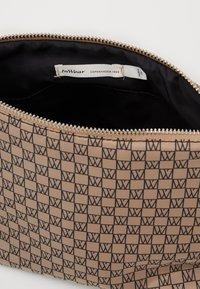InWear - TRAVEL TOILETRY POUCH - Wash bag - beige/black - 2