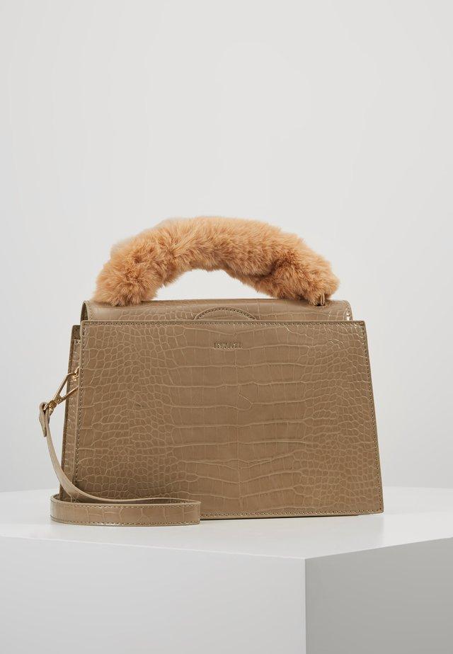 OLIVIA - Håndtasker - beige