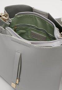 Inyati - CLÉO - Handbag - light grey - 4