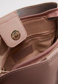 Inyati - CLÉO - Handbag - dusty rose - 4