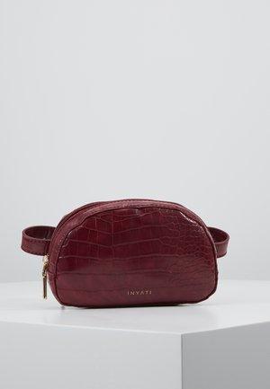 MILA - Bum bag - burgundy