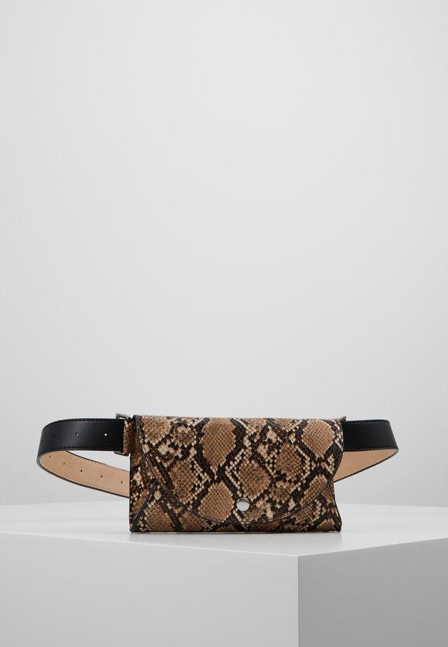 POPPY - Bæltetasker - beige/brown