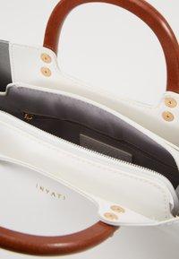 Inyati - INITA - Handbag - weiß - 3