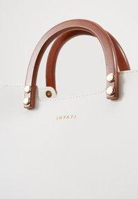 Inyati - INITA - Handbag - weiß - 5