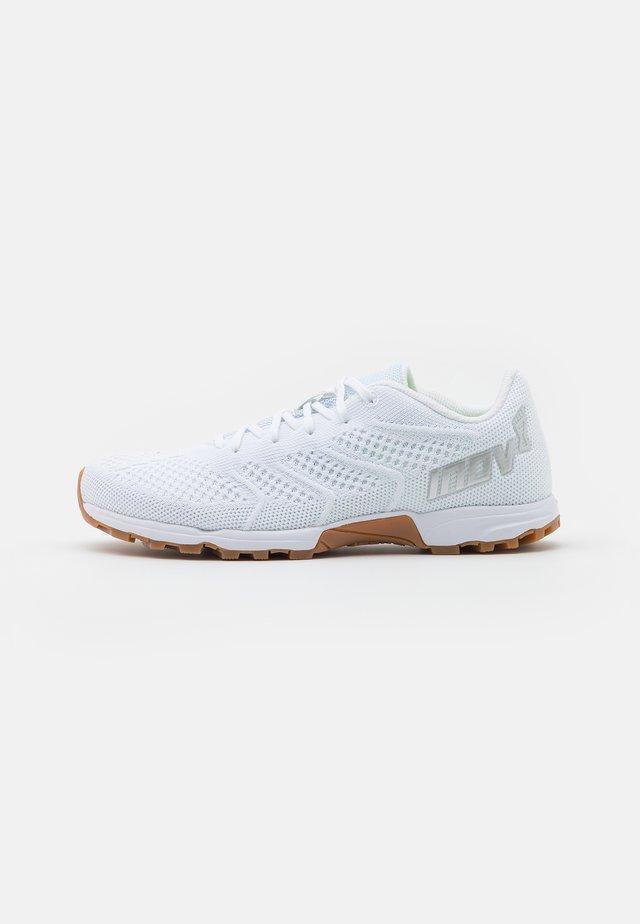 F-LITE 245  - Sports shoes - white