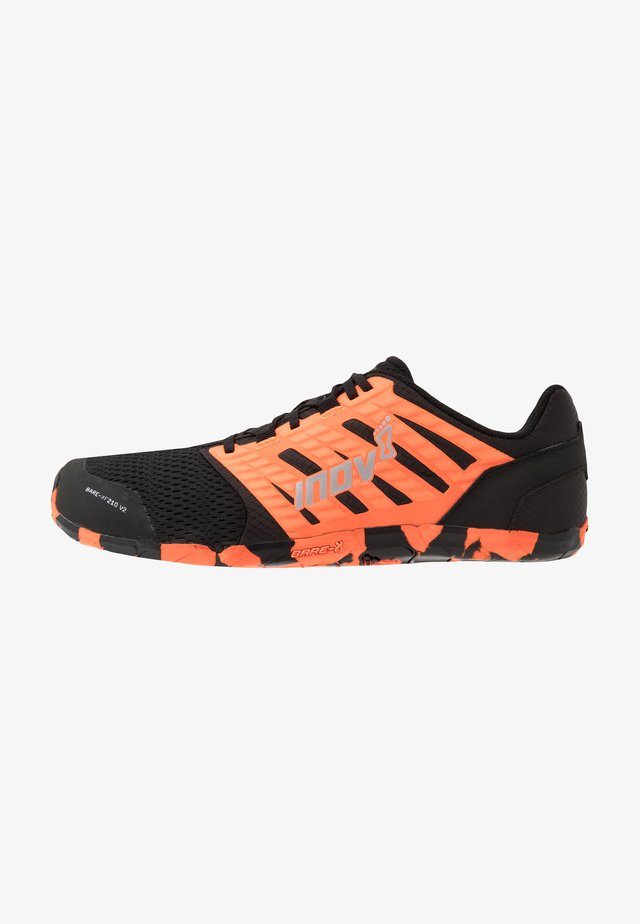 BARE-XF™ 210 V2 - Trainings-/Fitnessschuh - black/orange