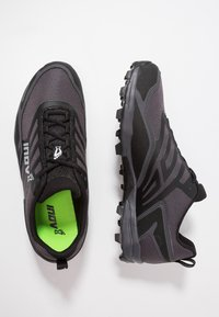 Inov-8 - X-TALON ULTRA 260 - Chaussures de running - black/grey - 1