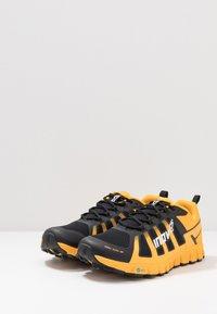 Inov-8 - TERRAULTRA 260 - Chaussures de running - yellow/black - 2