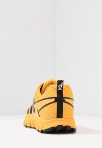 Inov-8 - TERRAULTRA 260 - Chaussures de running - yellow/black - 3