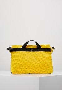 Indispensable - SACOCHE  - Schoudertas - yellow - 2