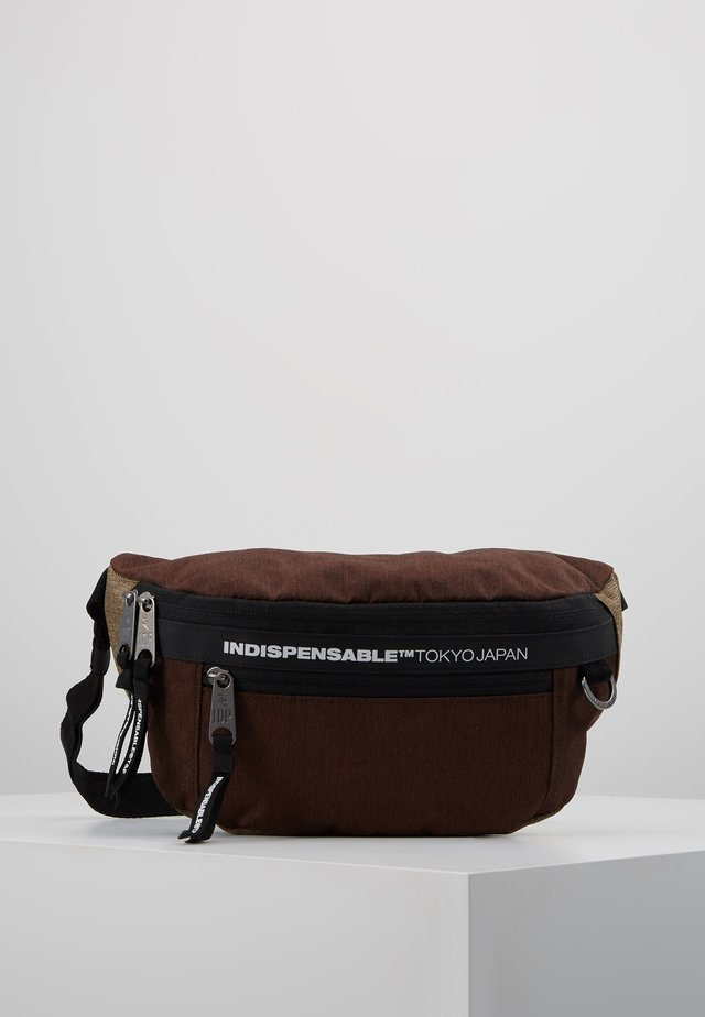 STICKY BELT BAG - Gürteltasche - brown