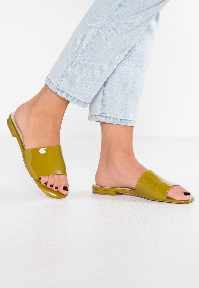 Intentionally Blank - JESSICA - Mules - mustard