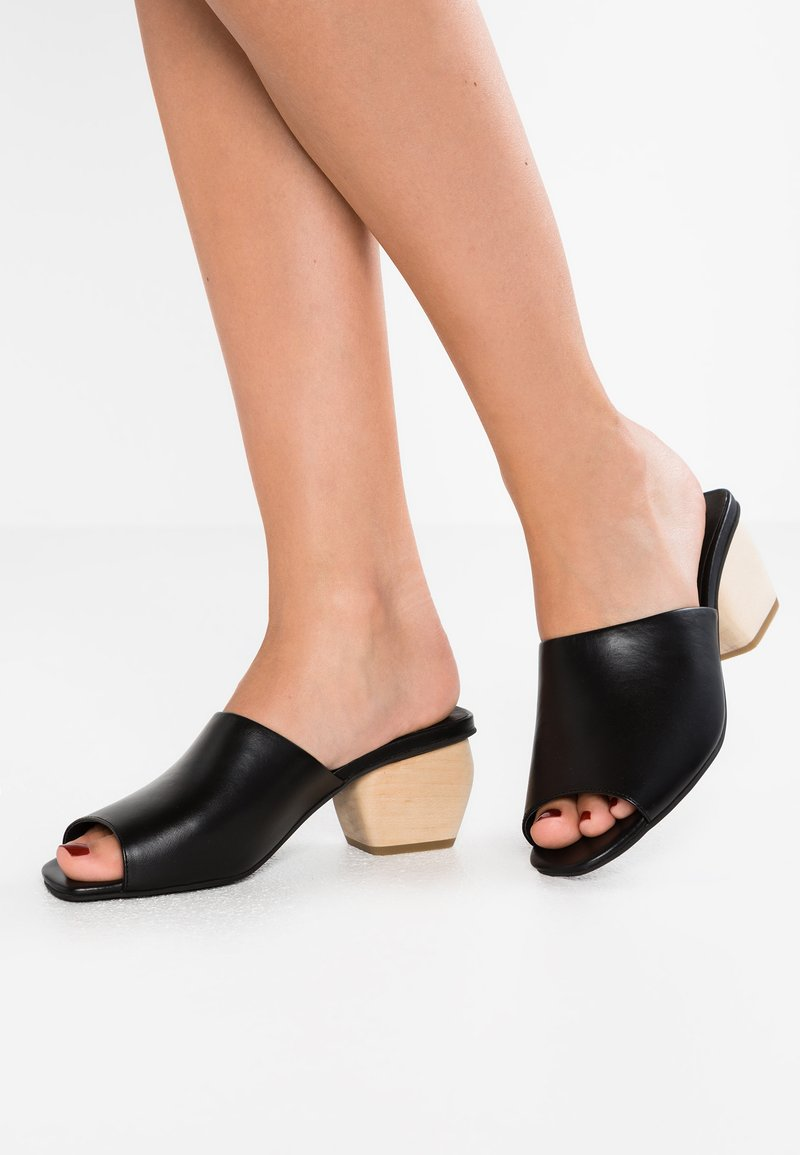 Intentionally Blank - JAY - Heeled mules - black