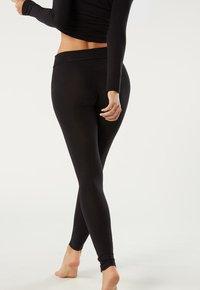 Intimissimi - TAILLEN-LEGGINGS AUS MIKROMODAL - Leggings - Stockings - nero - 1