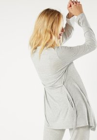Intimissimi - GERIPPTER MORGENMANTEL AUS MODALMIX - Dressing gown - silver grey mel - 1