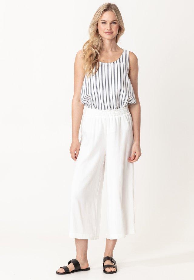 JOANNA - Spodnie materiałowe - offwhite