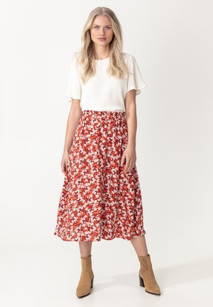 A-line skirt - red