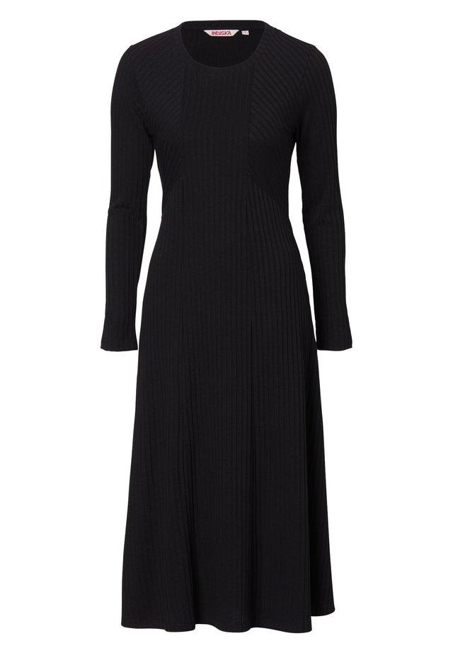 ARA - Stickad klänning - black