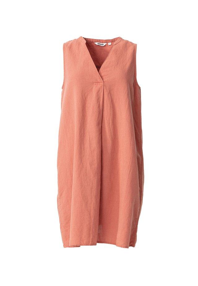ANYA - Korte jurk - pink