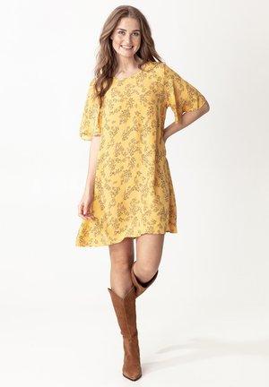 SAMIRA - Korte jurk - ltyellow